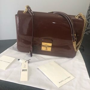 Auth Marc Jacobs beautiful purse with gold chain